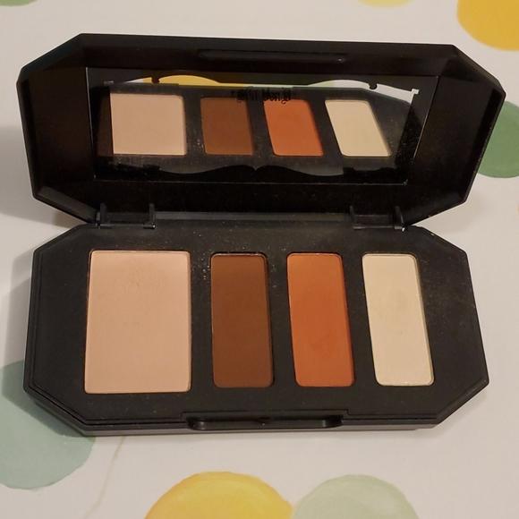 Kat Von D shade and light contour quad